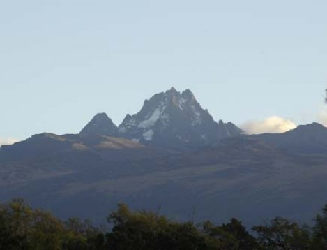 KE-6 Scenery Mt. Kenya-Liberty