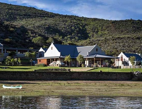 SA-Oudtshoorn-MadiMadi-Main House +Riverfront Cottages ext