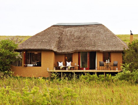 SA-EasternCape-Hlosi Game Lodge-luxury suite-ext