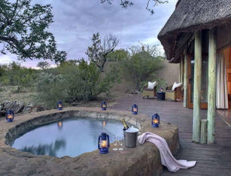 SA-Madikwe-Rhulani Safari Lodge-Chalet + pool